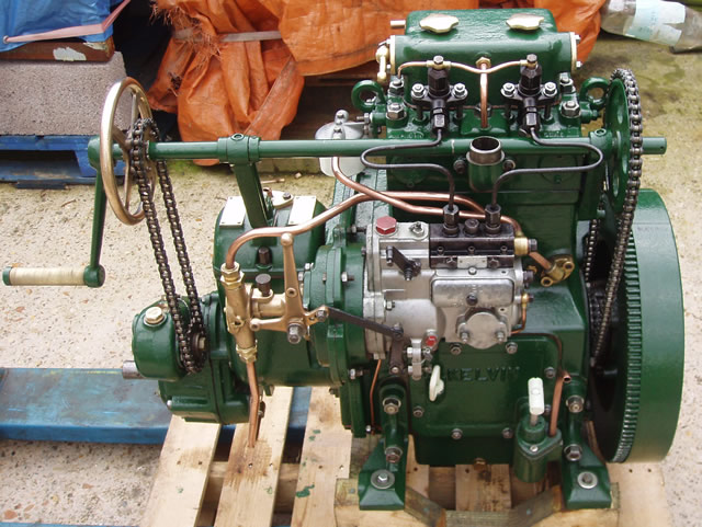 Kelvin P2R engine 009