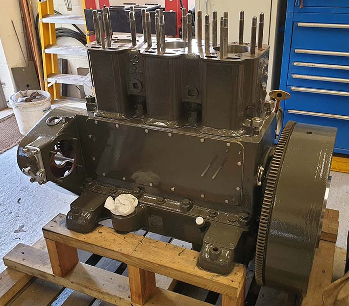 gardner 3l2 engine 010